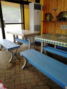 このテーブル席に座っていただきました。平日の午前中はねらい目です。